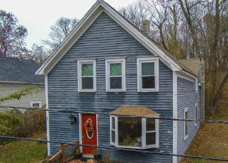 Short Sale in Amesbury 01913 RIVER ST - Property ID: 6328241318