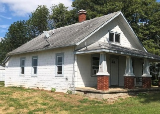 Short Sale in Nashville 62263 DUBOIS BLACKTOP RD - Property ID: 6328259729