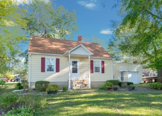 Short Sale in Coal City 60416 E 1ST ST - Property ID: 6328293438