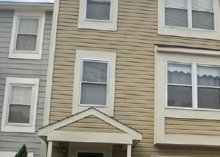 Short Sale in Gaithersburg 20879 WHITE BARN CT - Property ID: 6328423525