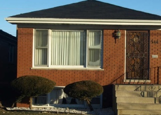 Short Sale in Chicago 60619 E 95TH ST - Property ID: 6328514177