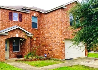 Short Sale in San Antonio 78254 ACUFF STA - Property ID: 6328581180