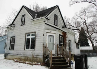 Short Sale in Beloit 53511 FOREST AVE - Property ID: 6328824710