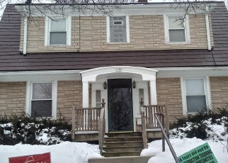 Short Sale in Milwaukee 53206 N 10TH ST - Property ID: 6328826457