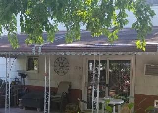 Short Sale in Lindenhurst 11757 N PUTNAM AVE - Property ID: 6329031427