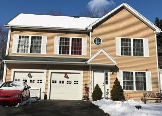 Short Sale in Bridgeport 06610 EVERS ST - Property ID: 6329049383