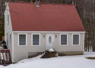 Short Sale in Hollis Center 04042 HALEY RD - Property ID: 6329050257