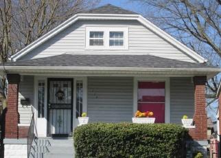 Short Sale in Louisville 40211 S 42ND ST - Property ID: 6329093624