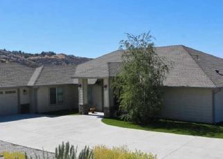 Short Sale in Tehachapi 93561 SADDLEBACK RD - Property ID: 6329179914