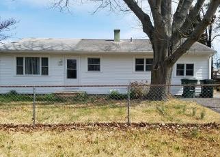 Short Sale in Norfolk 23502 RIVER OAKS DR - Property ID: 6329205748