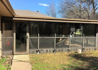 Short Sale in Whitewright 75491 BOIS D ARC ST - Property ID: 6329219763
