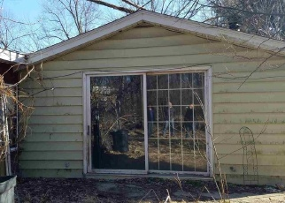 Short Sale in Elkhart 46514 OLD US 20 - Property ID: 6329239465