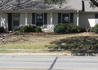Short Sale in Dallas 75234 PEBBLE BEACH DR - Property ID: 6329332762