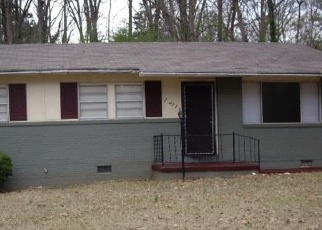 Short Sale in Atlanta 30315 AKRON DR SE - Property ID: 6329342384