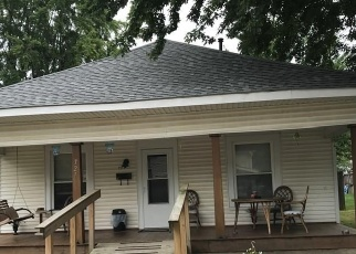 Short Sale in Lebanon 46052 POWELL ST - Property ID: 6329414658