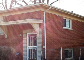 Short Sale in Harvey 60426 W 157TH ST - Property ID: 6329419921