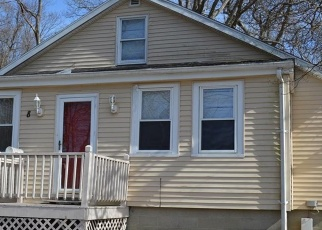 Short Sale in Warwick 02889 RIDGEWAY AVE - Property ID: 6329560952