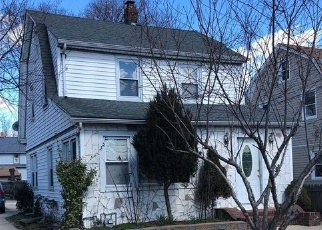 Short Sale in Hempstead 11550 CHASE ST - Property ID: 6329608231
