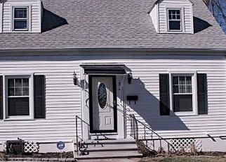 Short Sale in Waterbury 06708 CORONA DR - Property ID: 6329622251