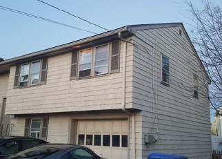 Short Sale in Medford 02155 FOUNTAIN ST - Property ID: 6329629255