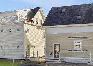 Short Sale in Amesbury 01913 HUNTINGTON AVE - Property ID: 6329849567
