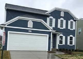 Short Sale in Fowlerville 48836 W FORK RIVER DR - Property ID: 6329863131