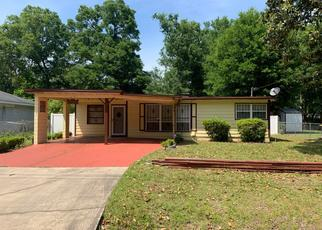 Short Sale in Jacksonville 32208 FREDERICKSBURG AVE - Property ID: 6329917448