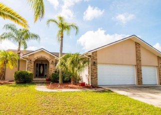 Short Sale in Apollo Beach 33572 BIRDIE WAY - Property ID: 6329933662