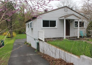 Short Sale in Danbury 06810 COALPIT HILL RD - Property ID: 6330092643