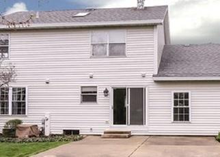 Short Sale in Bartlett 60103 PADDOCK PL - Property ID: 6330108855