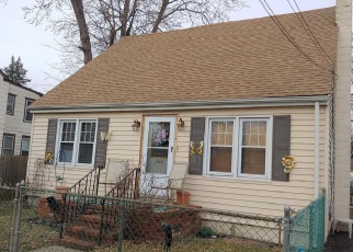 Short Sale in Trenton 08610 GRAND AVE - Property ID: 6330237162