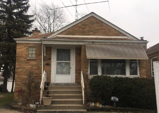 Short Sale in Riverdale 60827 S STATE ST - Property ID: 6330284921