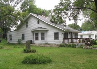 Short Sale in Mason City 50401 THRUSH AVE - Property ID: 6330293674