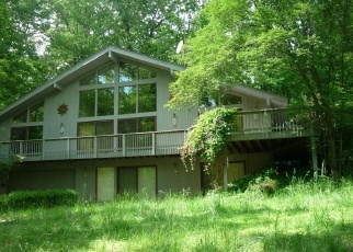 Short Sale in Great Falls 22066 SUNNYBROOK DR - Property ID: 6330342735