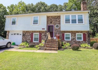 Short Sale in Stafford 22556 HUCKSTEP AVE - Property ID: 6330431183