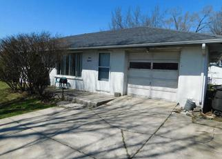 Short Sale in Fort Wayne 46807 W COX DR - Property ID: 6330504330