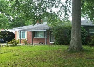 Short Sale in Chesapeake 23325 RIDGEWOOD RD - Property ID: 6330577928