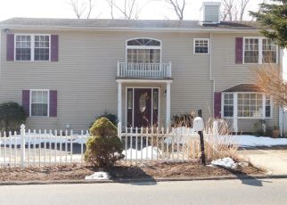 Short Sale in Norwalk 06851 MURRAY ST - Property ID: 6330626531
