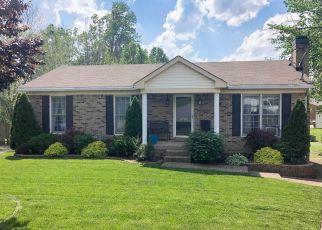 Short Sale in Louisville 40229 KINGS FALLS CT - Property ID: 6330641416