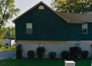 Short Sale in Dolton 60419 GREENWOOD RD - Property ID: 6330645807