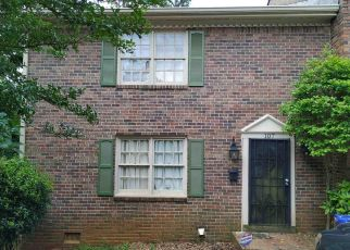 Short Sale in Decatur 30035 GLEN ACRES CT - Property ID: 6330721124