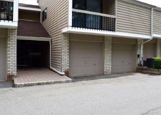 Short Sale in Clinton 08809 HILLSIDE CT - Property ID: 6330731649