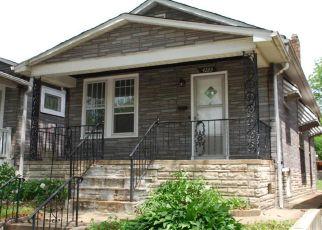 Short Sale in Saint Louis 63116 OSCEOLA ST - Property ID: 6330761426