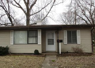Short Sale in Granite City 62040 BIRCH AVE - Property ID: 6330764492
