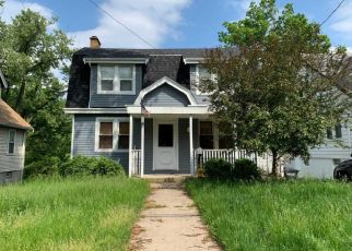 Short Sale in Cincinnati 45238 TUXWORTH AVE - Property ID: 6330828883