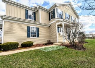 Short Sale in Mchenry 60051 PAYTON XING - Property ID: 6330873999
