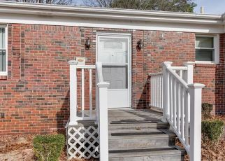 Short Sale in Norfolk 23518 COYOTE AVE - Property ID: 6330980864