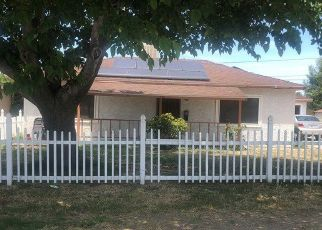 Short Sale in Rialto 92376 N PARK AVE - Property ID: 6331060110