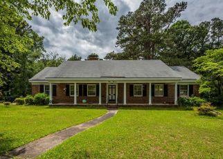 Short Sale in Fayetteville 28314 RAINIER DR - Property ID: 6331108298