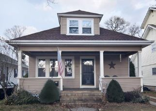 Short Sale in Cranston 02910 MYRTLE AVE - Property ID: 6331110494